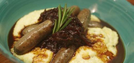 Dešrelės su polenta_SteakSupply